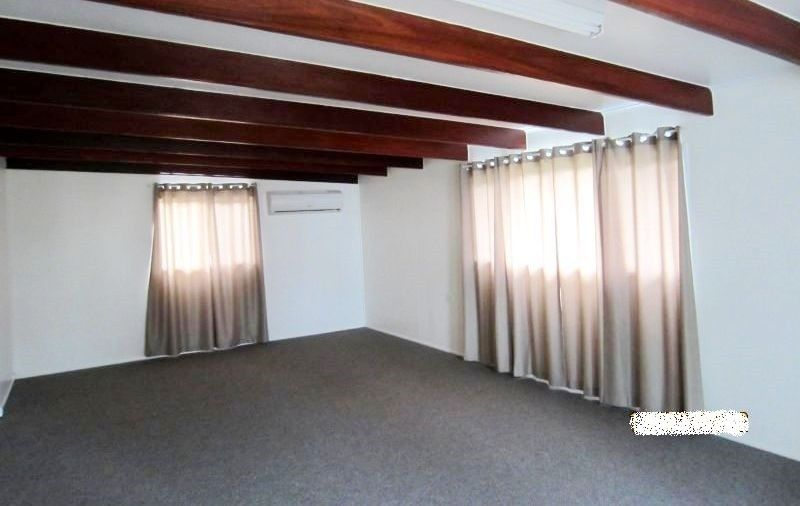 11 Ayrton Street, Dalby QLD 4405, Image 2