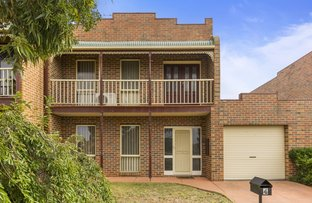 Picture of 4 Avon Walk, Taylors Hill VIC 3037