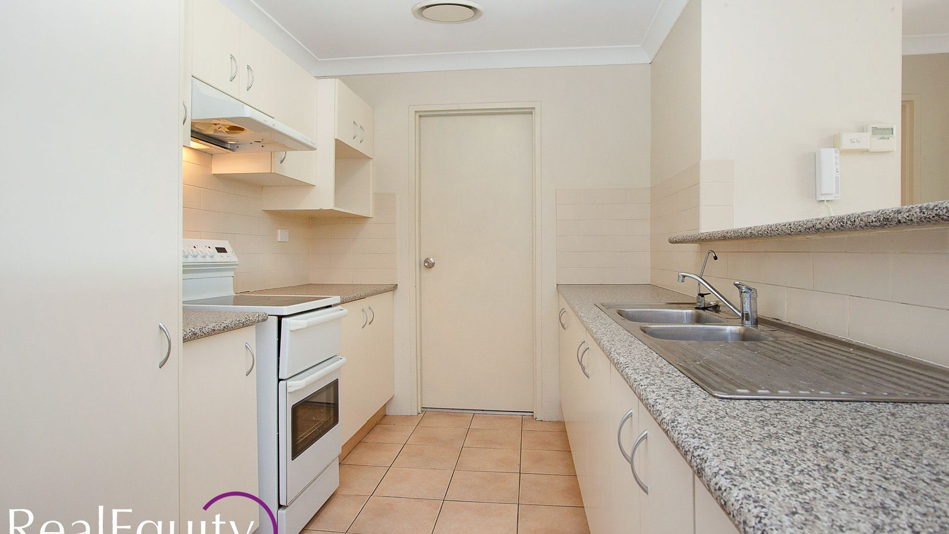 31/211 Mead Place, Chipping Norton NSW 2170, Image 2