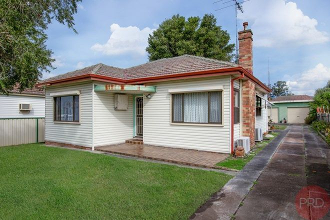 Picture of 15 Railway Parade, BERESFIELD NSW 2322
