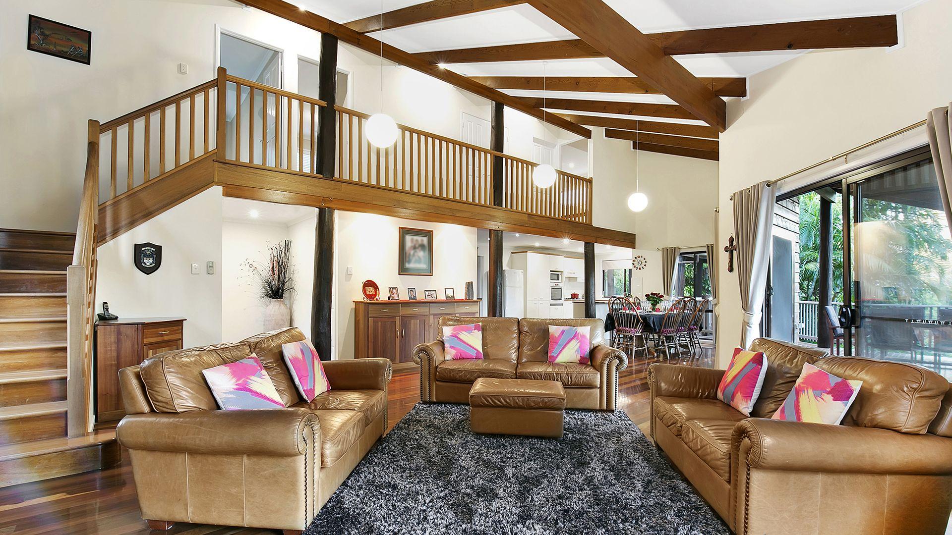 28 Larwood Place, Ferny Hills QLD 4055, Image 1