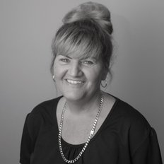 Lisa Hall, Sales representative