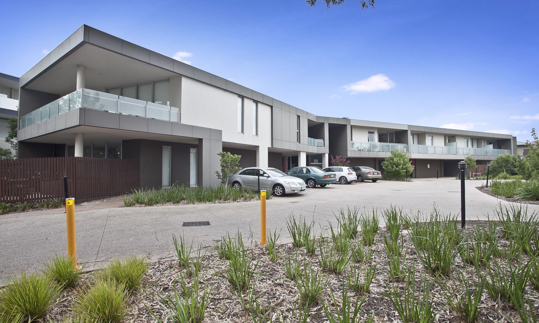 2/42 Eucalyptus Drive, Maidstone VIC 3012, Image 1