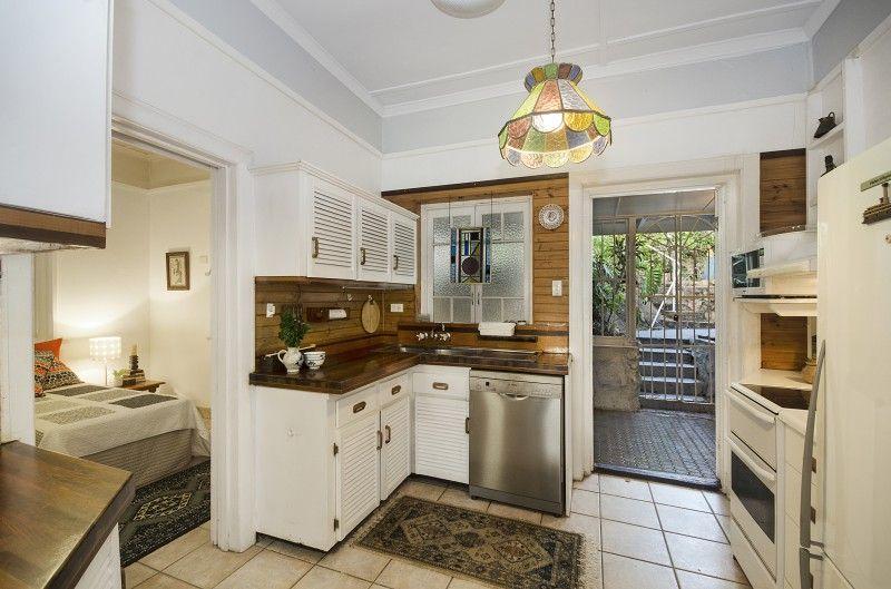 26 Willmett Street, Townsville City QLD 4810, Image 2