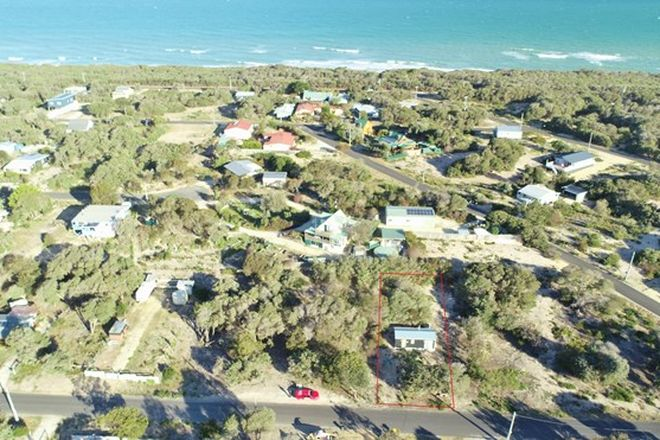 Picture of 105 Astro Avenue, GOLDEN BEACH VIC 3851