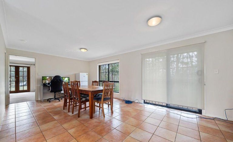 31 Alan Crescent, Eight Mile Plains QLD 4113, Image 2