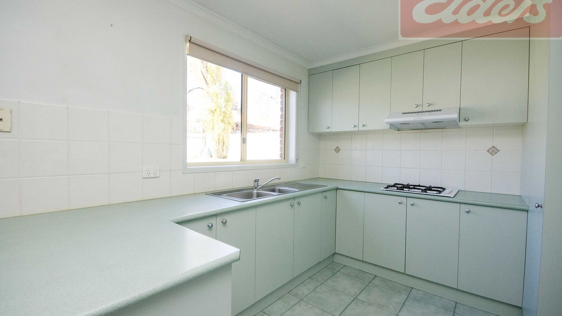 14 Hamilton Place, Wodonga VIC 3690, Image 2