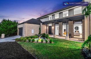 Picture of 3 Cooks Mews, Sanctuary Lakes VIC 3030