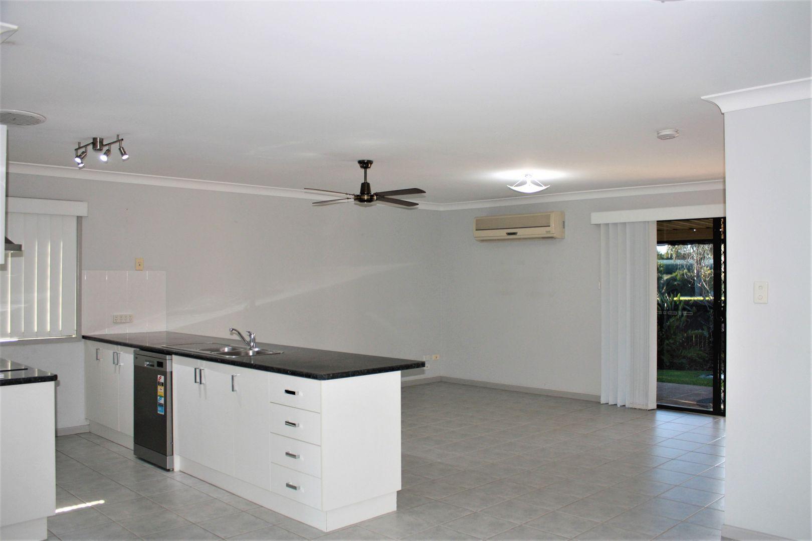 54 Caddy Avenue, Urraween QLD 4655, Image 2