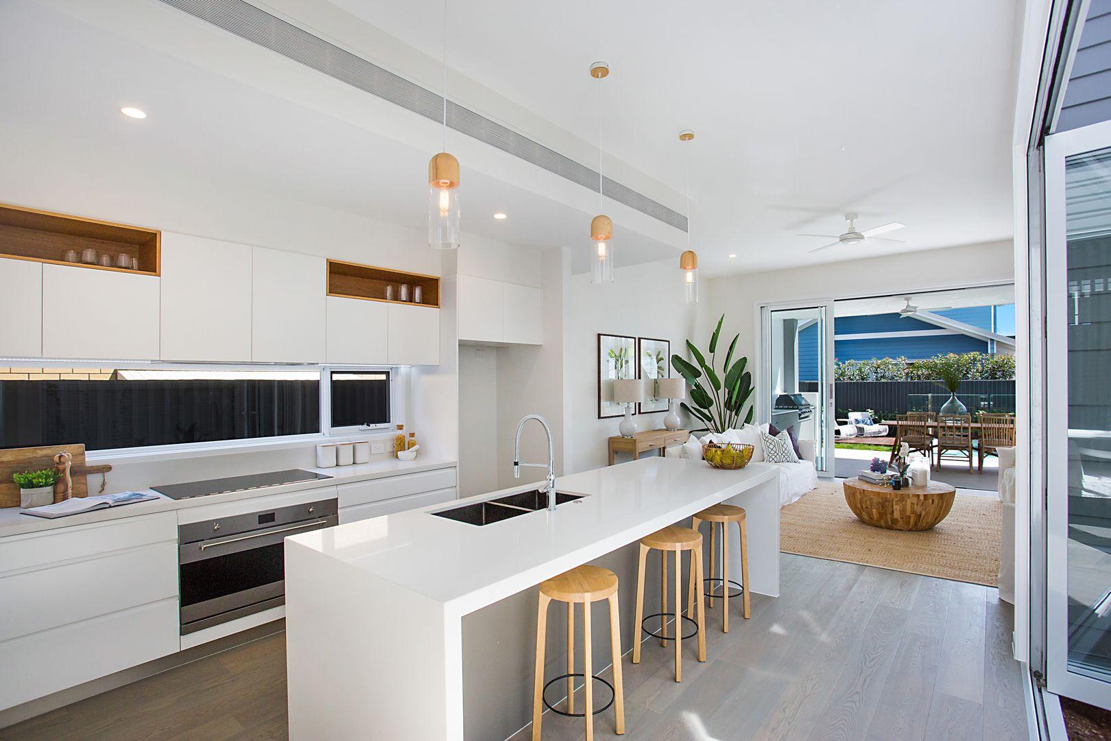 """Haven"", 19 Seashell Avenue, Mermaid Beach QLD 4218, Image 0"