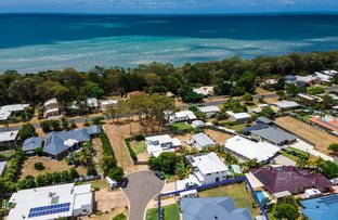 Picture of 7 Beachside Court, Toogoom QLD 4655