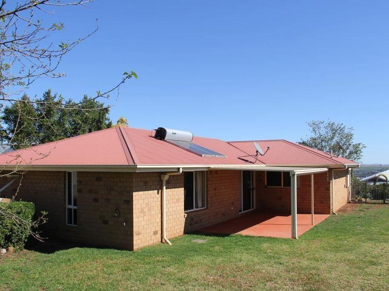 27 BOTTLEBRUSH STREET, Kingaroy QLD 4610, Image 0
