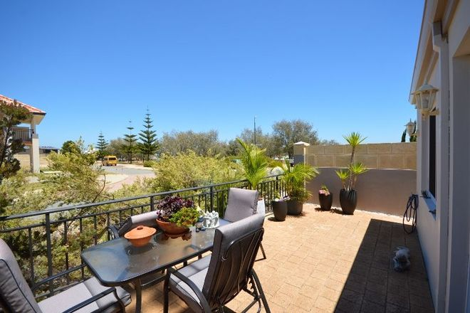 Picture of 16 Crowsnest Terrace, WANNANUP WA 6210