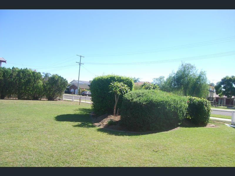 14 Pryde Street, Lowood QLD 4311, Image 2