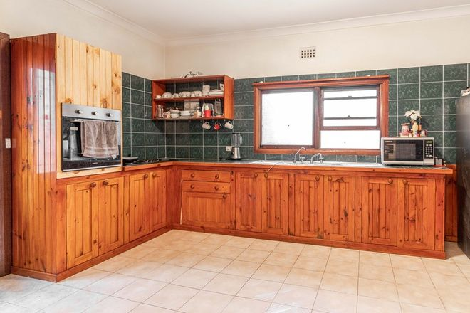 Picture of 20 Ferro Street, LITHGOW NSW 2790
