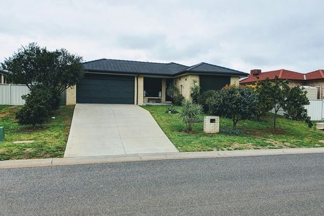 Picture of 36 Orley Drive, OXLEY VALE NSW 2340