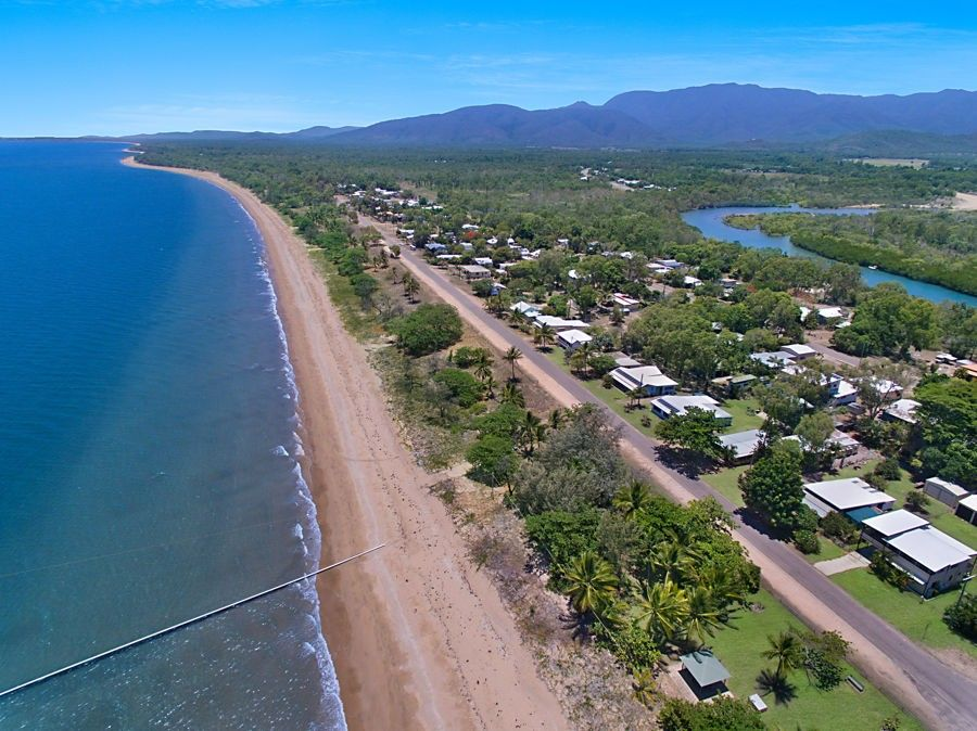 28 Beach Crt at 129 Mystic Ave, Balgal Beach QLD 4816, Image 2