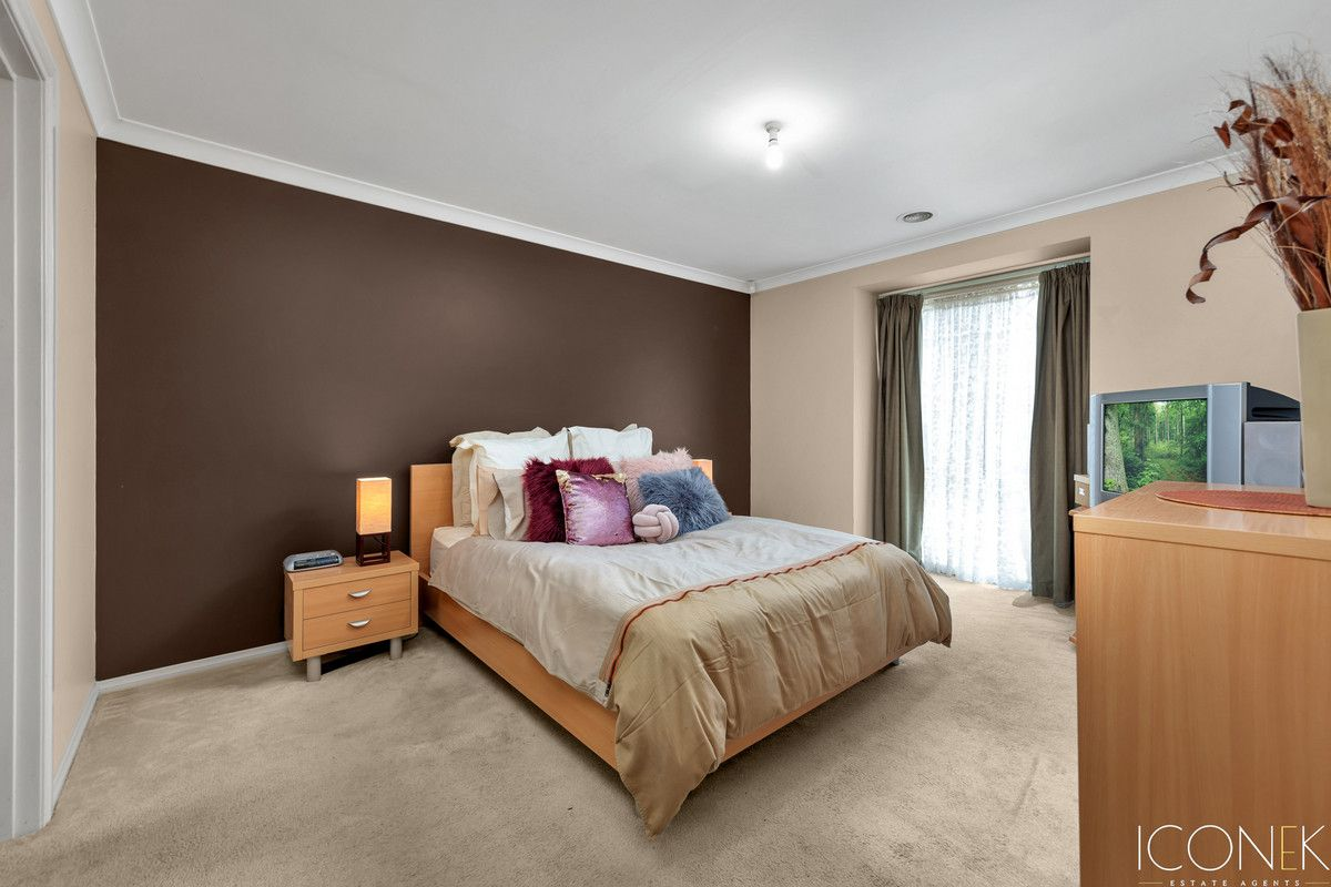 13 Wynnette Court, Epping VIC 3076, Image 2