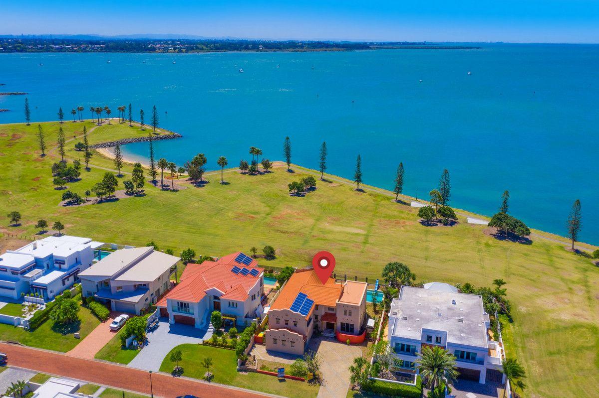 35 Raby Bay Boulevard, Raby Bay QLD 4163, Image 1