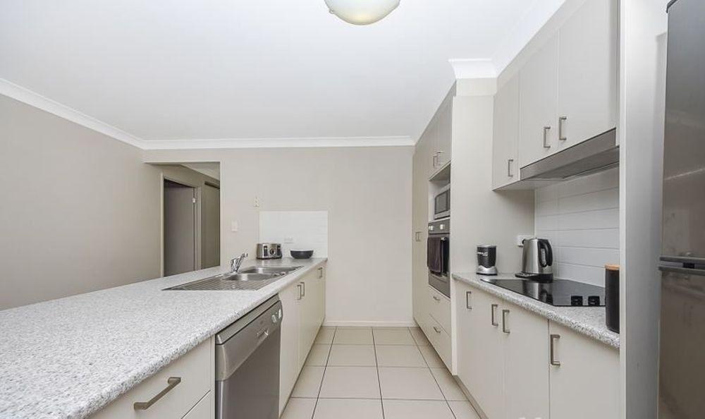 18 Sabin street, Caboolture QLD 4510, Image 2