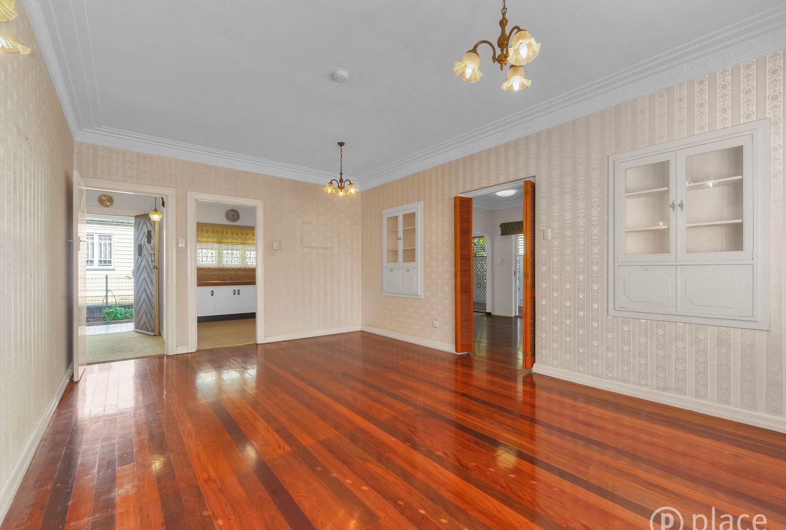 77 Lancaster Street, Coorparoo QLD 4151, Image 2