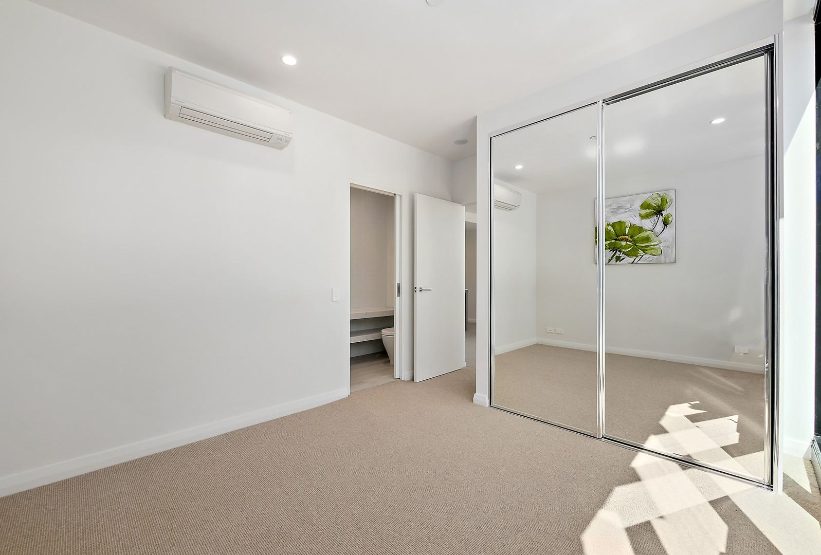 301/6 Baumea Way, Innaloo WA 6018, Image 1