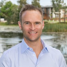 Phillip Nicholas, Sales Agent