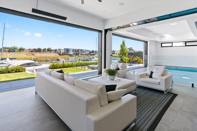Picture of 12 Sovereign Point, SAFETY BEACH VIC 3936