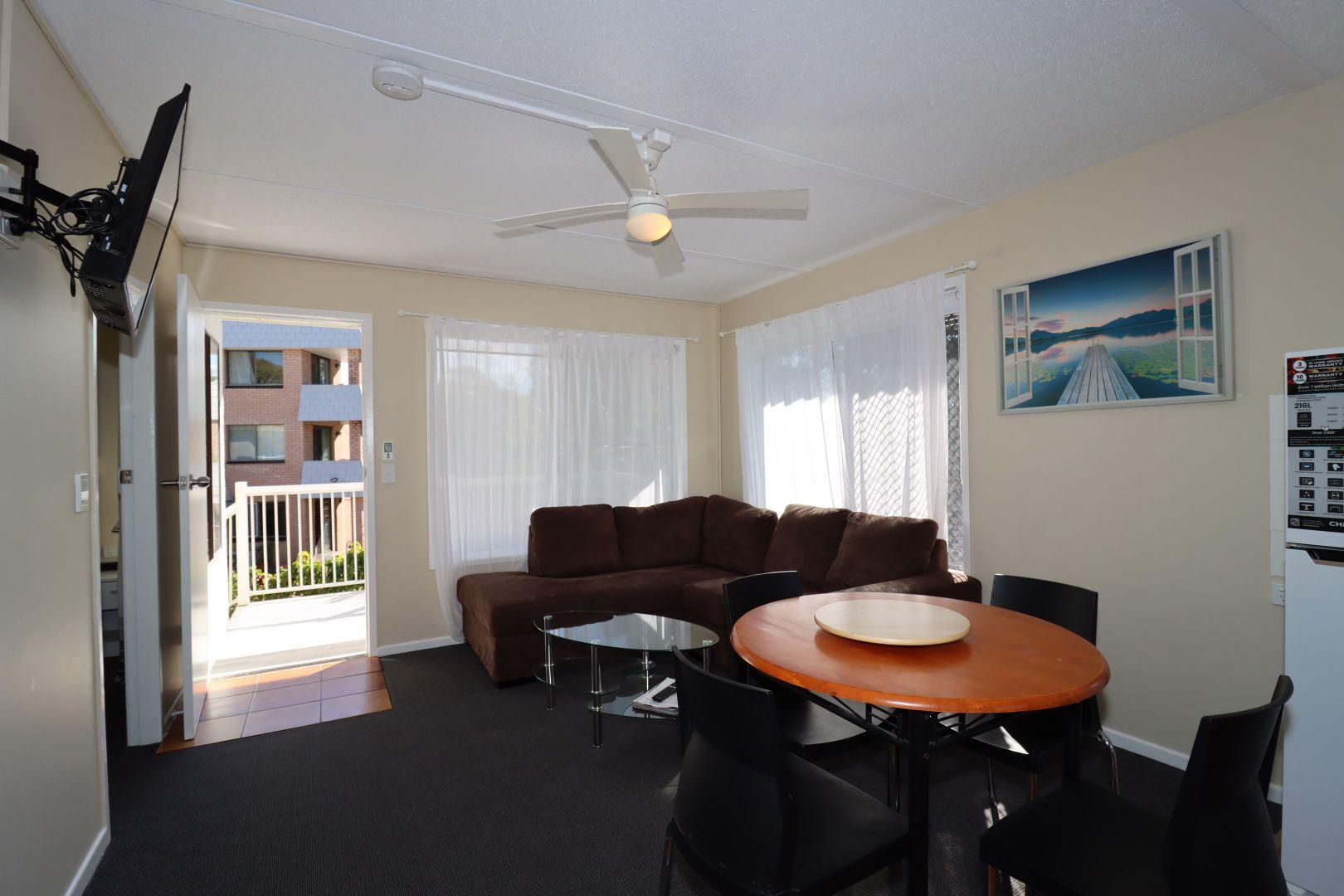4/480 Esplanade, Torquay QLD 4655, Image 1