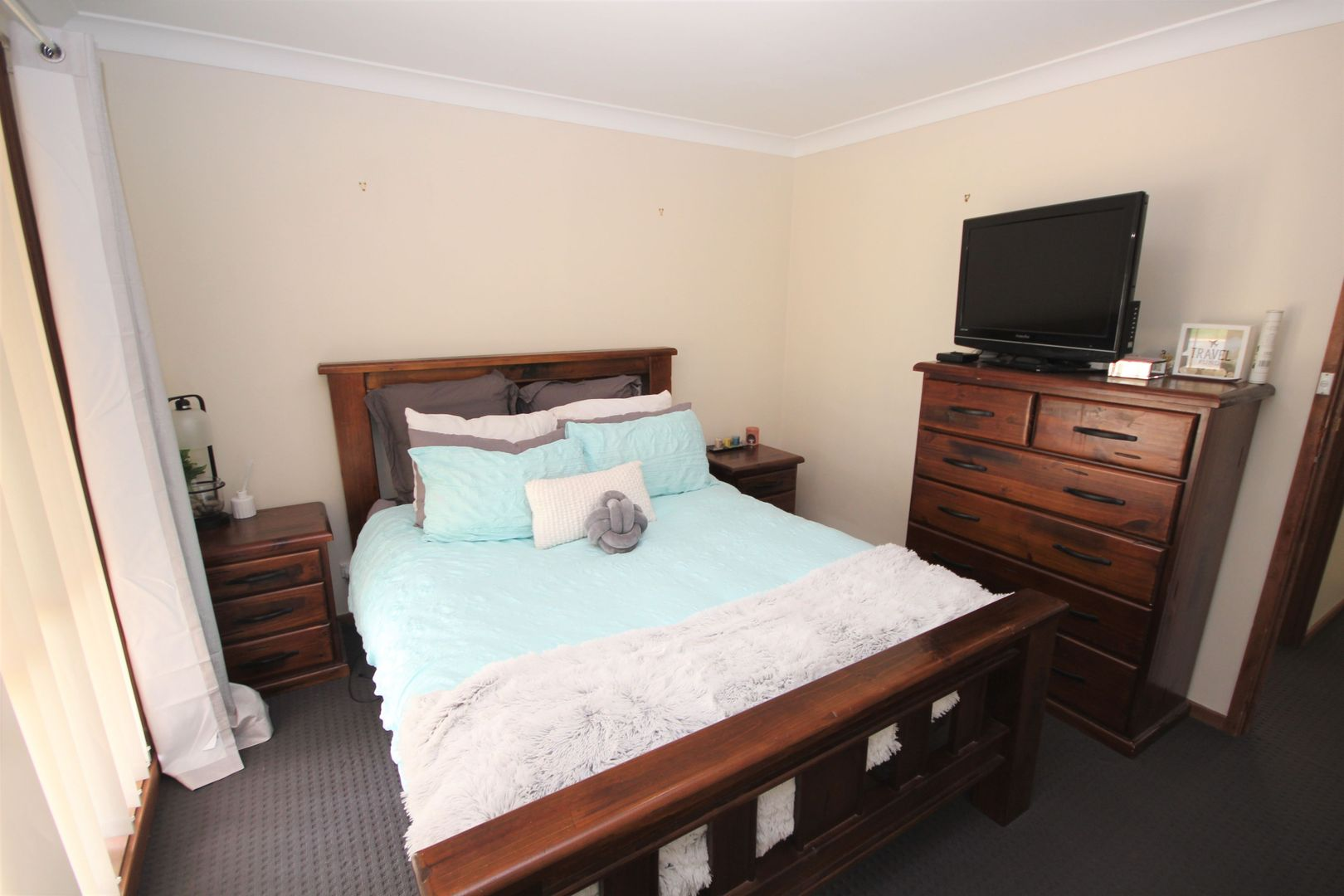 12 Lockett Place, Tolland NSW 2650, Image 2