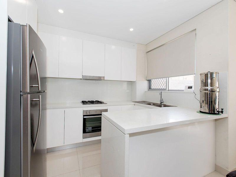 3/61-65 Trafalgar Street, Peakhurst NSW 2210, Image 0