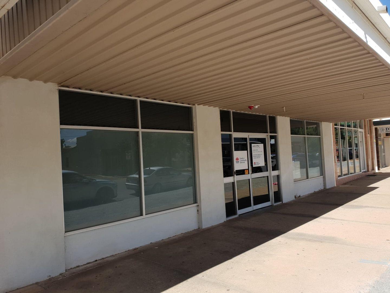 40-42 Wade Avenue, Leeton NSW 2705, Image 2