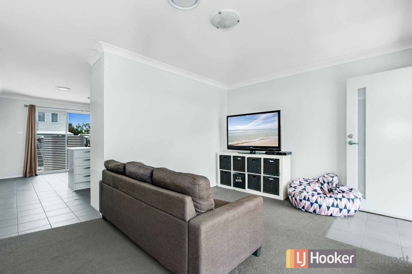 18/247 Warners Bay Road, Mount Hutton NSW 2290, Image 2
