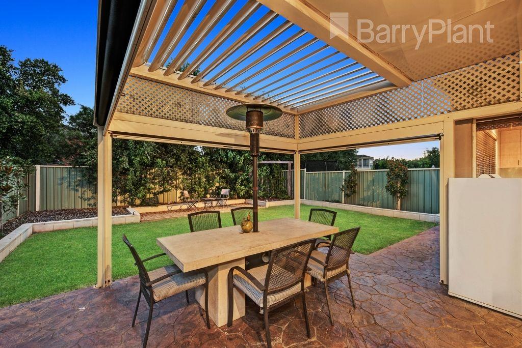 9 Barrington  Terrace, Point Cook VIC 3030, Image 1