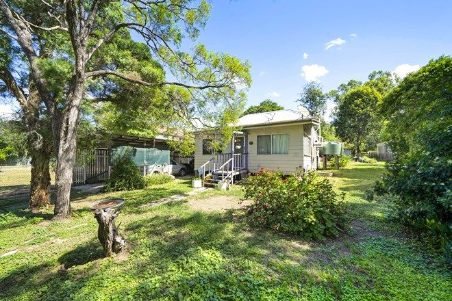 Picture of 27 David Street, LINVILLE QLD 4306