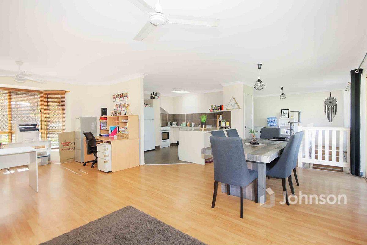 62 Loane Drive, Edens Landing QLD 4207, Image 2