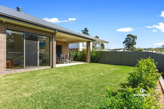 Picture of 11 Molloy Street, MOLLYMOOK NSW 2539