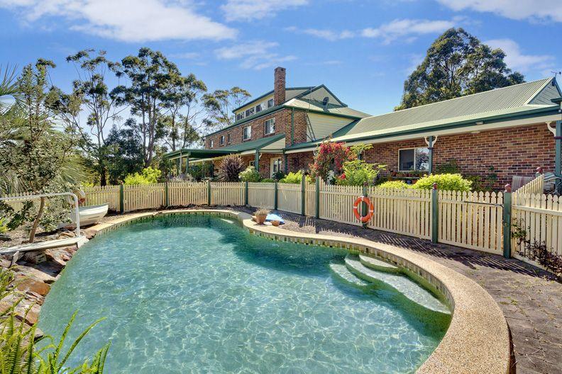 17 Caladenia Close, Elanora Heights NSW 2101, Image 0