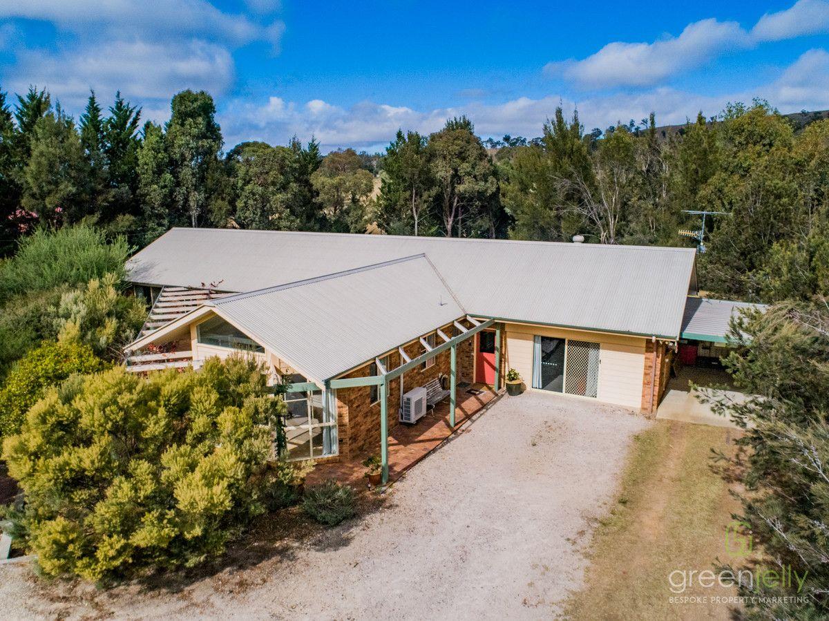24 Highlands Road, Armidale NSW 2350, Image 1