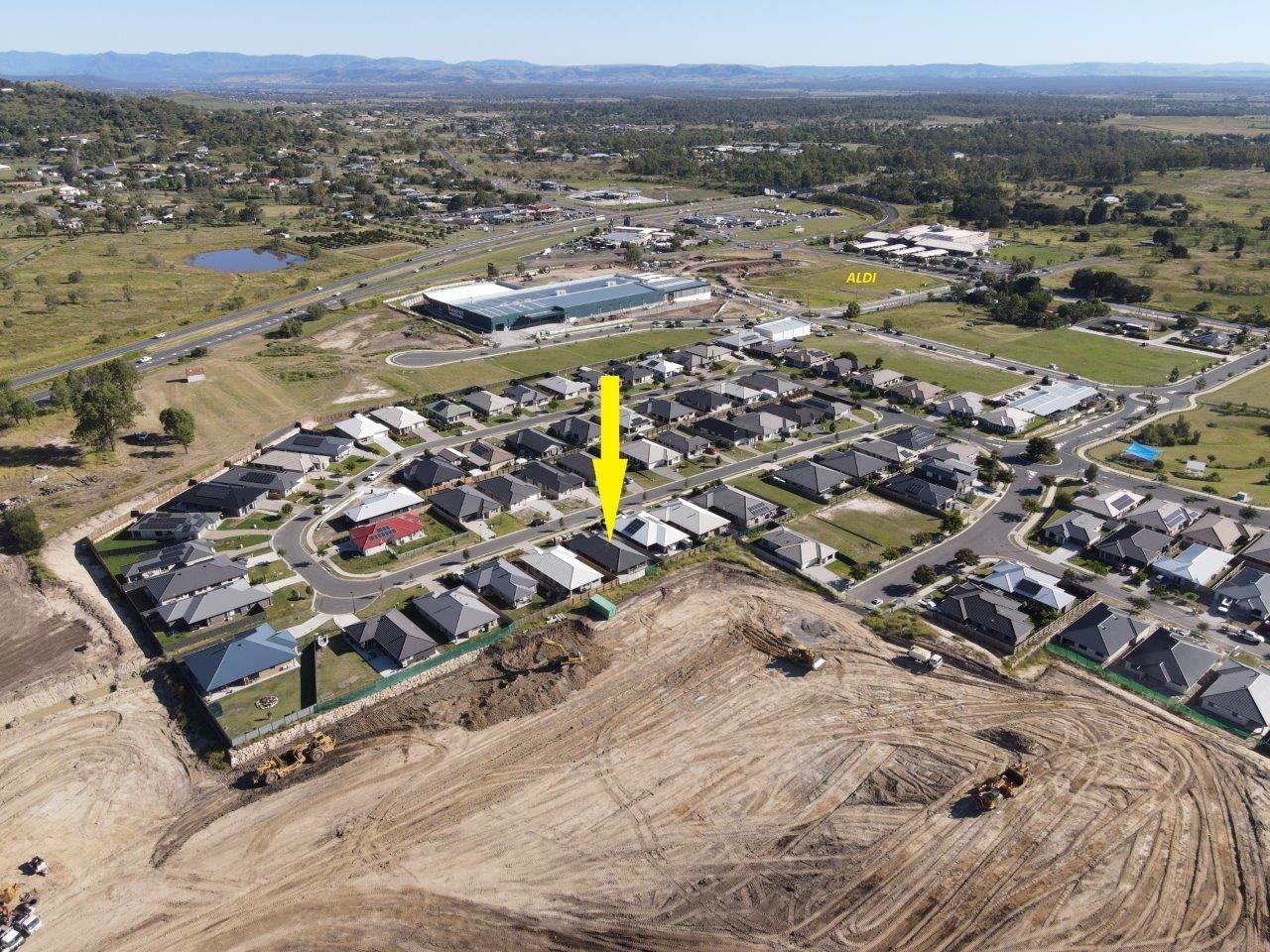 17 Richmond Terrace, Plainland QLD 4341, Image 2