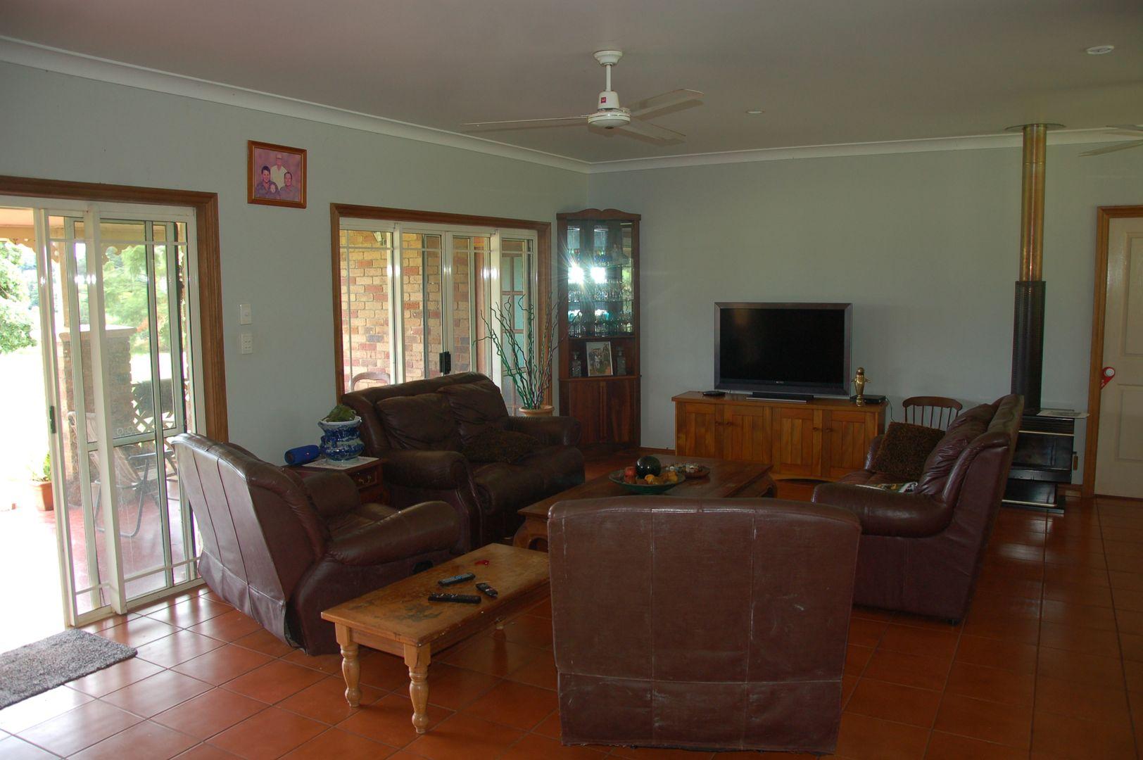 115 Mather Rd, Yungaburra QLD 4884, Image 2