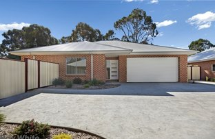 Picture of 4/28 Gordon Crescent, Romsey VIC 3434