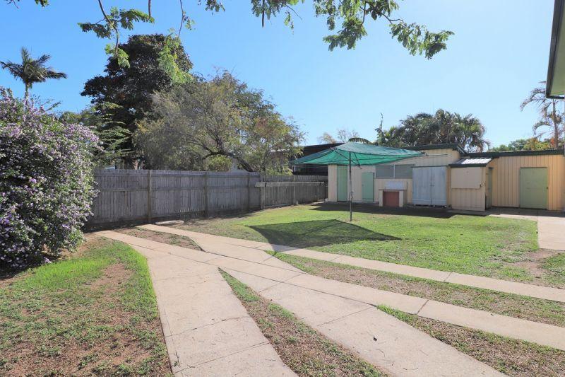 4 Ellimatta Avenue, Cranbrook QLD 4814, Image 2