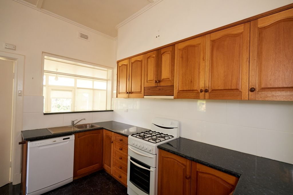51 Ferrers Street, Mount Gambier SA 5290, Image 2