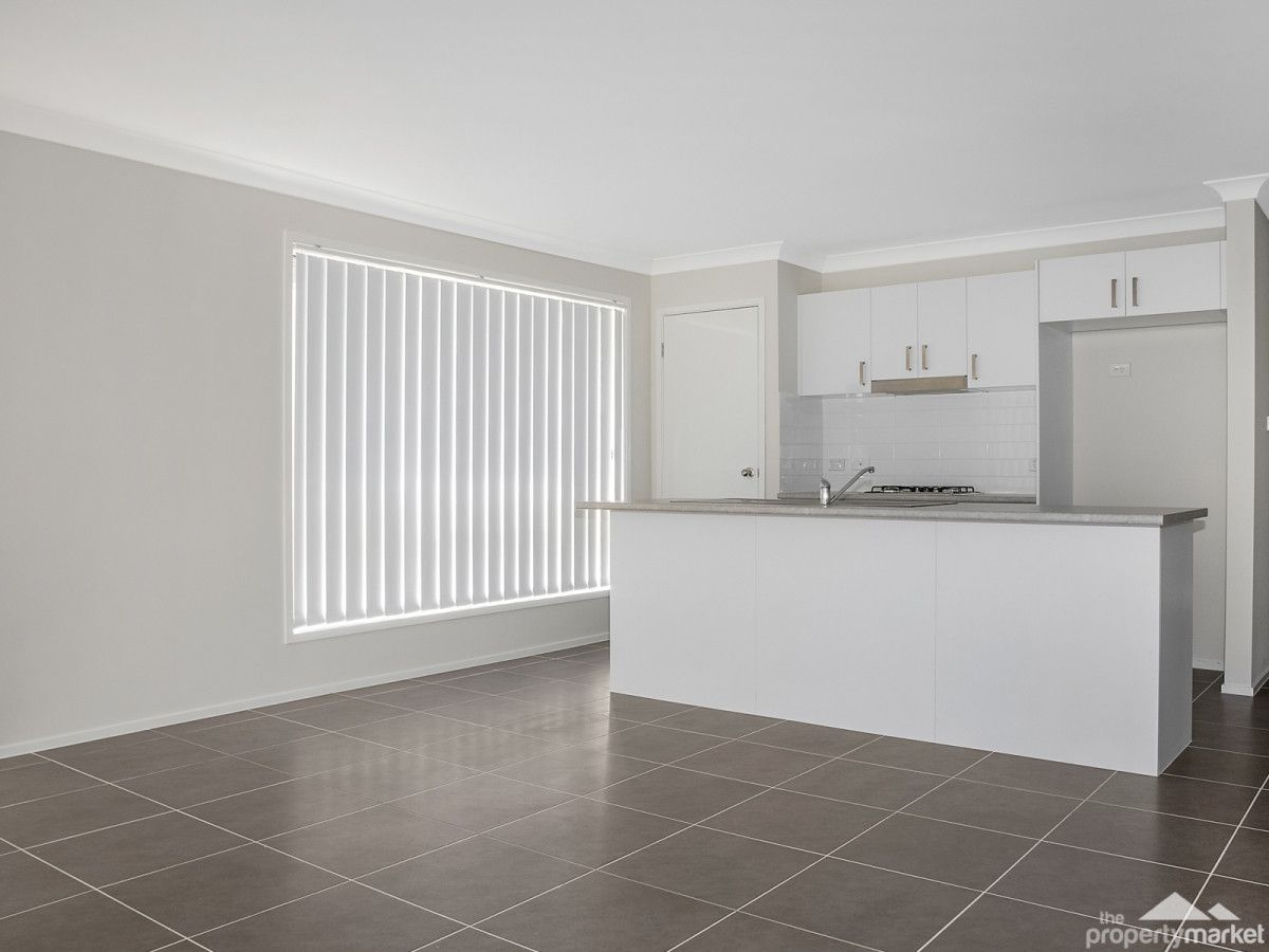 34 Parry Parade, Wyong NSW 2259, Image 2