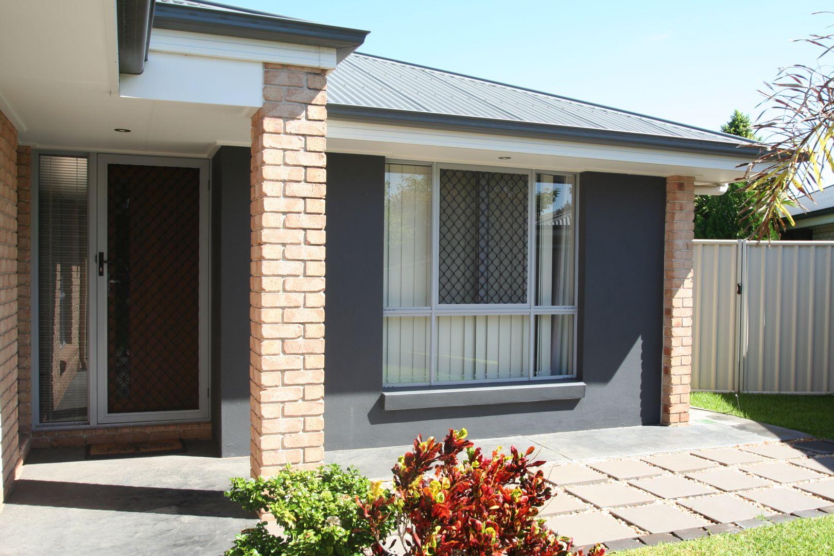 12A Morgan Place, Emerald QLD 4720, Image 1