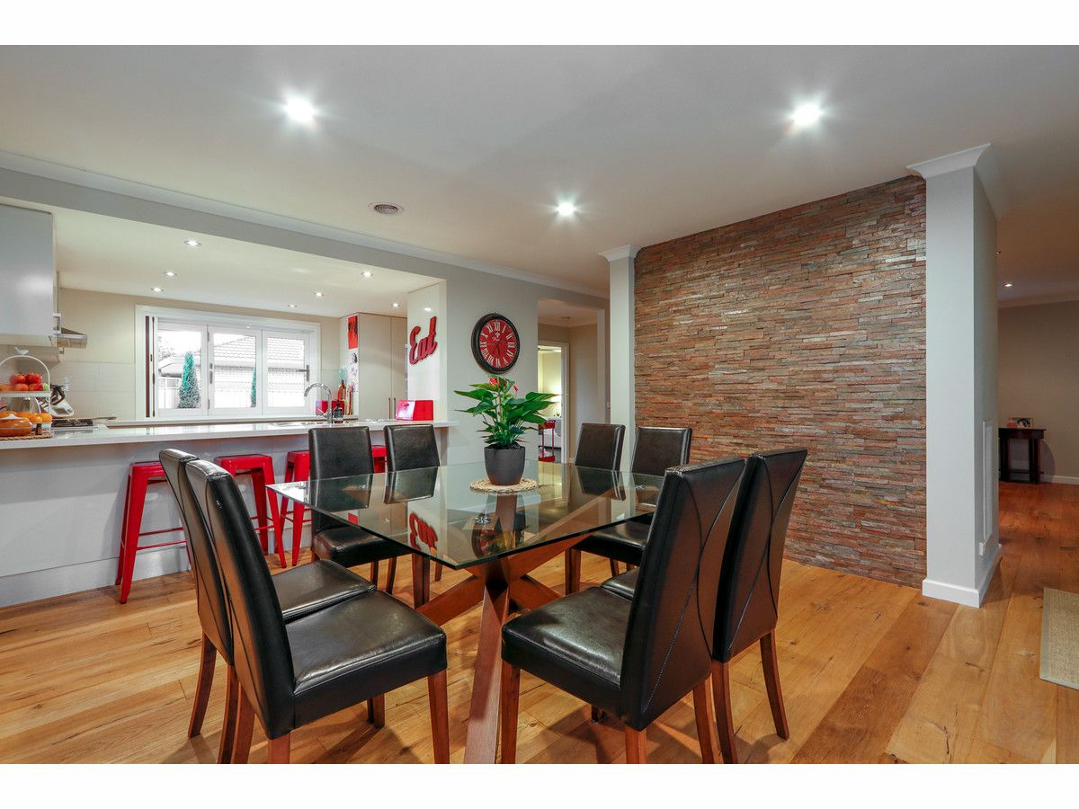 2 Ross Street, Sale VIC 3850, Image 2