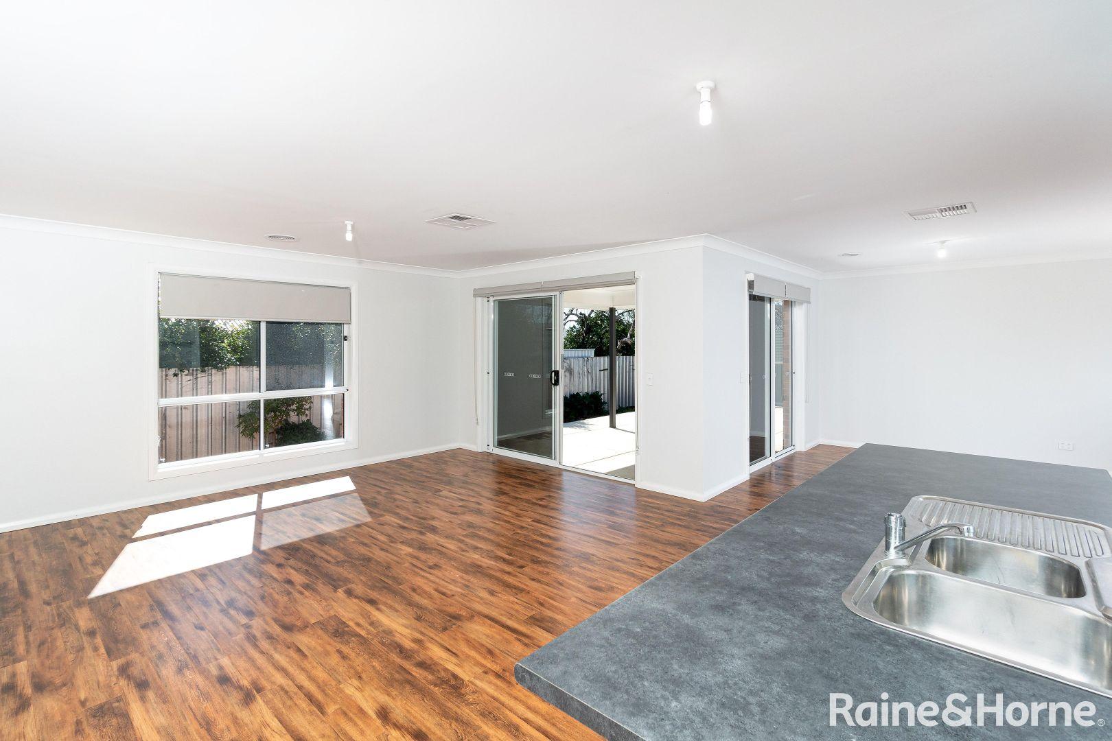 63 Blamey Street, Turvey Park NSW 2650, Image 1