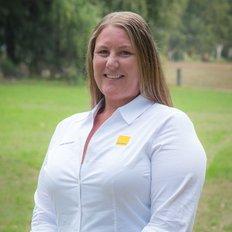 Alisha Carlon, Property Manager - Cowra