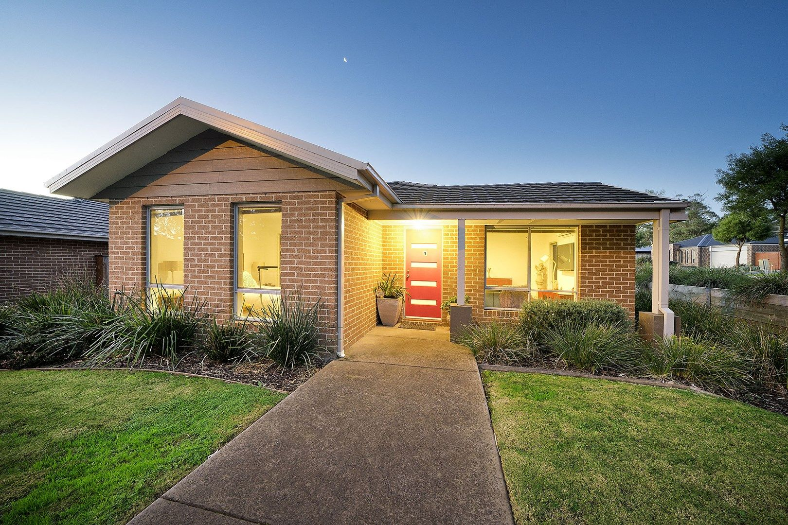 1/1 Warrenwood Place, Langwarrin VIC 3910, Image 0
